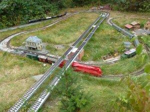 Die Gartenbahn in der letzten Ausbaustufe.