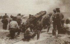 Batterie britischer 60-Pfünder-Geschütze