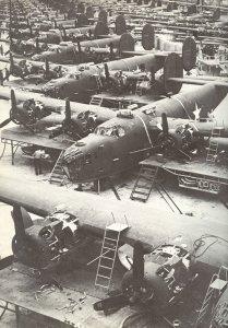 Serienproduktion von B-24 Liberator