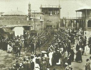 Britische Truppen marschieren in Bagdad ein