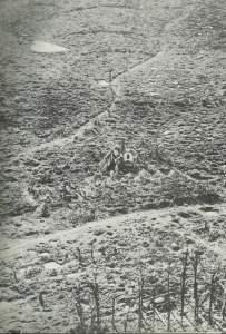 Zerschossenes Dorf bei Ypern