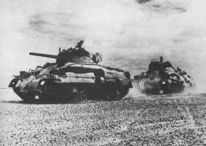 M4A1 Sherman II Panzer der 'Queen's Bays' der 1. britischen Panzerdivision während der Zweiten Schlacht von El Alamei