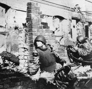 Russische Soldaten mit Körperpanzer