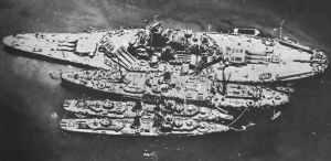 beschädigte US-Schlachtschiff 'South Dakota