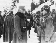 Conrad von Hötzendorf inspiziert Truppen