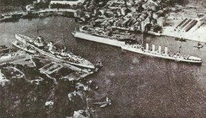 'Goeben' und 'Breslau' in Konstantinopel.