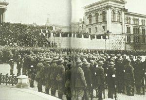 Deutsche und finnische Truppen