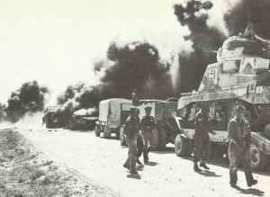 Britische Kolonne nach Angriff deutscher Jabos