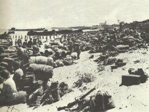 Nachschub am Strand von Syrakus