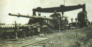 Paris-Kanone auf ihrer Eisenbahn-Lafette