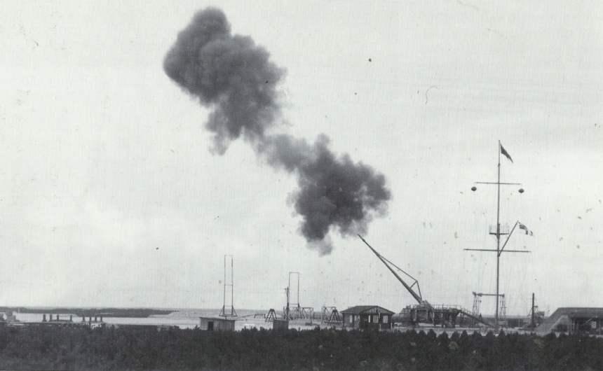 Paris-Kanone feuert