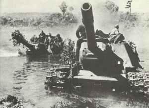 Russische schwere Jagdpanzer/Sturmgeschütze vom Typ SU-152