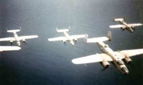 B-25 Mitchell über Mittelmeer