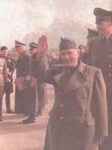 Mussolini nach seiner Befreiung.