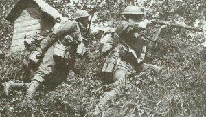 britische Soldaten im Gefecht