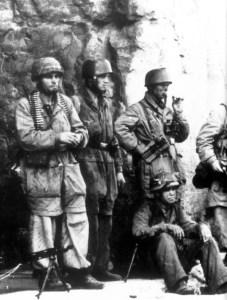 Fallschirmjäger bei Monte Cassino