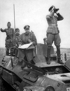 SdKfz 251/6 Ausf,B Befehls-Schützenpanzer