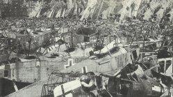 zerstörte deutsche Militärflugzeuge