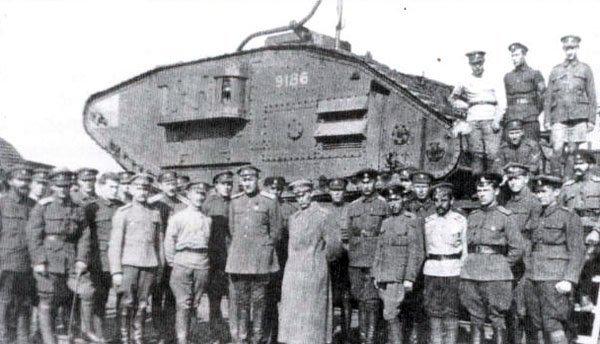 ank Mark V der Truppen von General Denikin