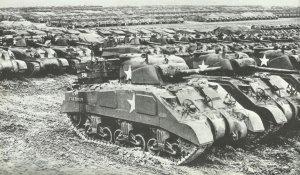 bereitgestellte Panzer für Invasion