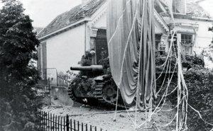 StuH 42 der Hohenstaufen-Division Arnheim