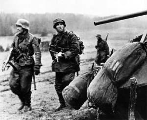 Waffen-SS-Grenadiere in den Ardennen