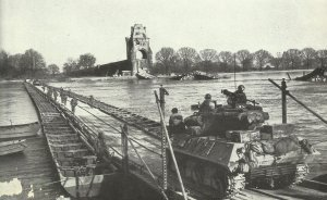 US Truppen überqueren Rhein bei Worms