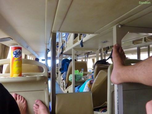 im Nachtbus - war eingeltich ganz bequem