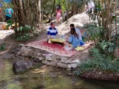 Picknick am Fluss