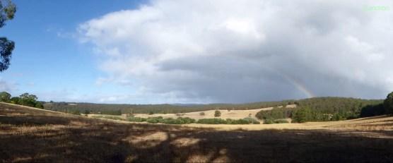 So war das Wetter den ganzen Tag.. Regen, Sonnenschein, wunderschöne Regenbögen