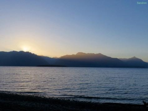 Lake Te Anau mit Sonnenuntergang (wir campen direkt am Ufer)