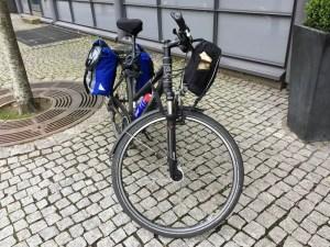 Fahrrad mit Gepaecktaschen