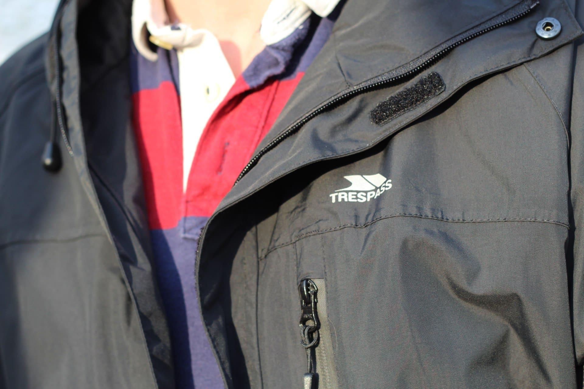Trespass Ladies Compete Lightweight Waterproof /& Windproof Ski Coat Black,Red