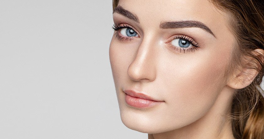 Best Eye Makeup For Pale Skin The Best Eye Makeup Shades For Every Eye Color Loral Paris