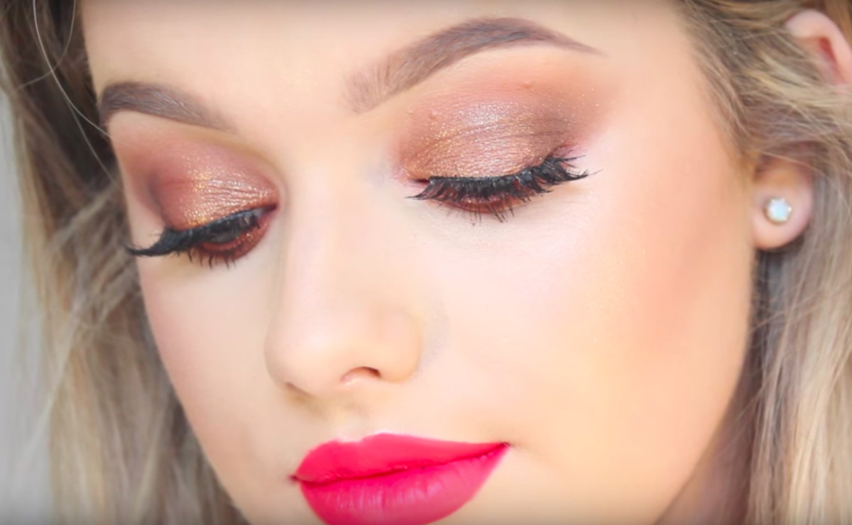 Best Way To Do Makeup For Blue Eyes Makeup Tutorial For Blue Eyes Fashionista