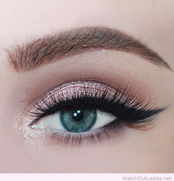 Blue Green Eyes Makeup Rose Glitter For Blue Eyes 2713779 Weddbook