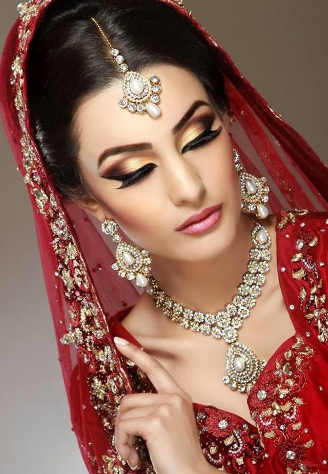 Bridal Eyes Makeup Pictures Bridal With Golden Eye Makeup Crayon