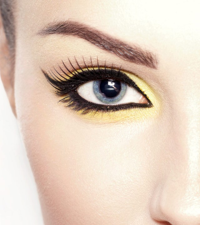 Dramatic Makeup For Small Eyes 8 Eye Makeup Tips For Close Set Eyes