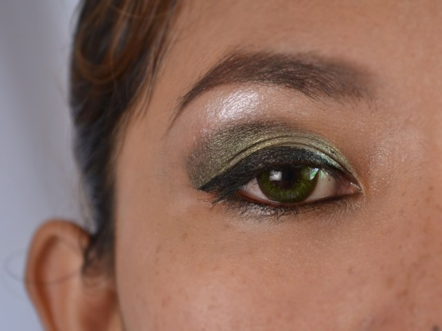 Eye Makeup Green Eyes How To Do Green Eye Makeup For Dark Skin With Pictures Wikihow