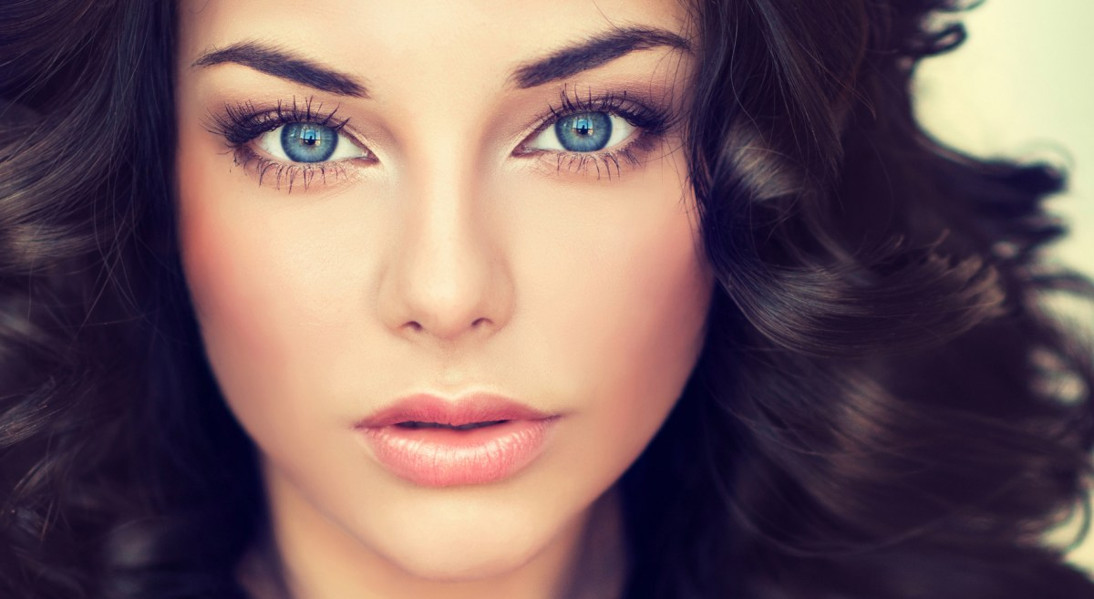 Eye Makeup With Turquoise Dress Best Eye Shadow Colors For Blue Eyes Lovetoknow