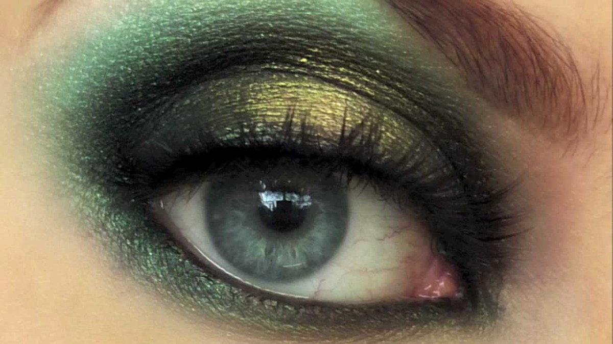 Gold Makeup For Green Eyes Dark Green Gold Smokey Eye Using Makeup Geek Eyeshadow Hd720