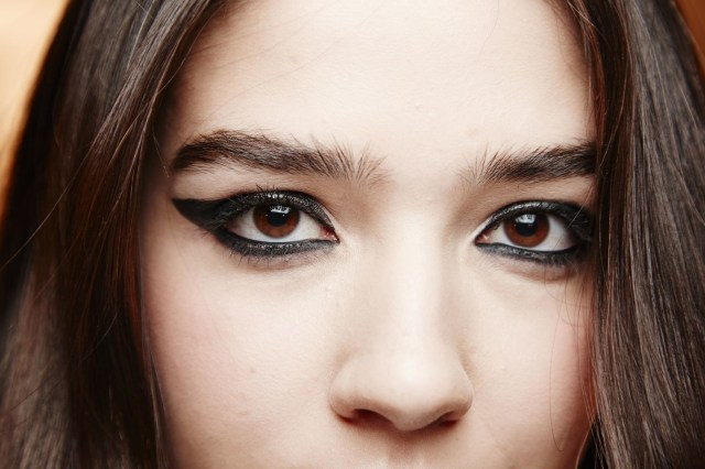 How Do You Do Cat Eye Makeup 7 Eyeliner Mistakes You Need To Stop Making Glamour