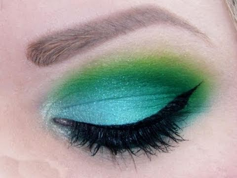 Makeup For Greenish Blue Eyes 120 Manly Palette Green And Blue Eyeshadow Tutorial Makeup Look