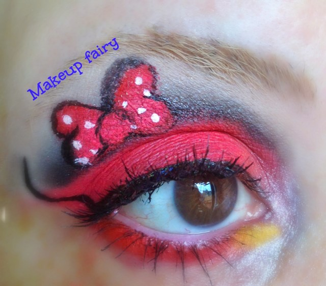 Minnie Mouse Eye Makeup Tinklesmakeup Eye Makeup Look Minnie Mouse