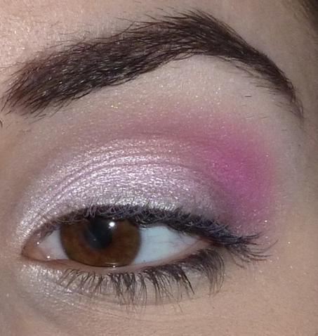 White And Pink Eye Makeup Pink Smokey Eye Makeup Wwwpicturesso