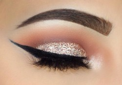 Wing Eye Makeup Tutorial Sliver Glitter And Bold Wing Makeup Tutorial Sofie Bella Youtube
