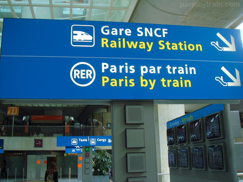 sign_cdg_t_2_paris_by_train