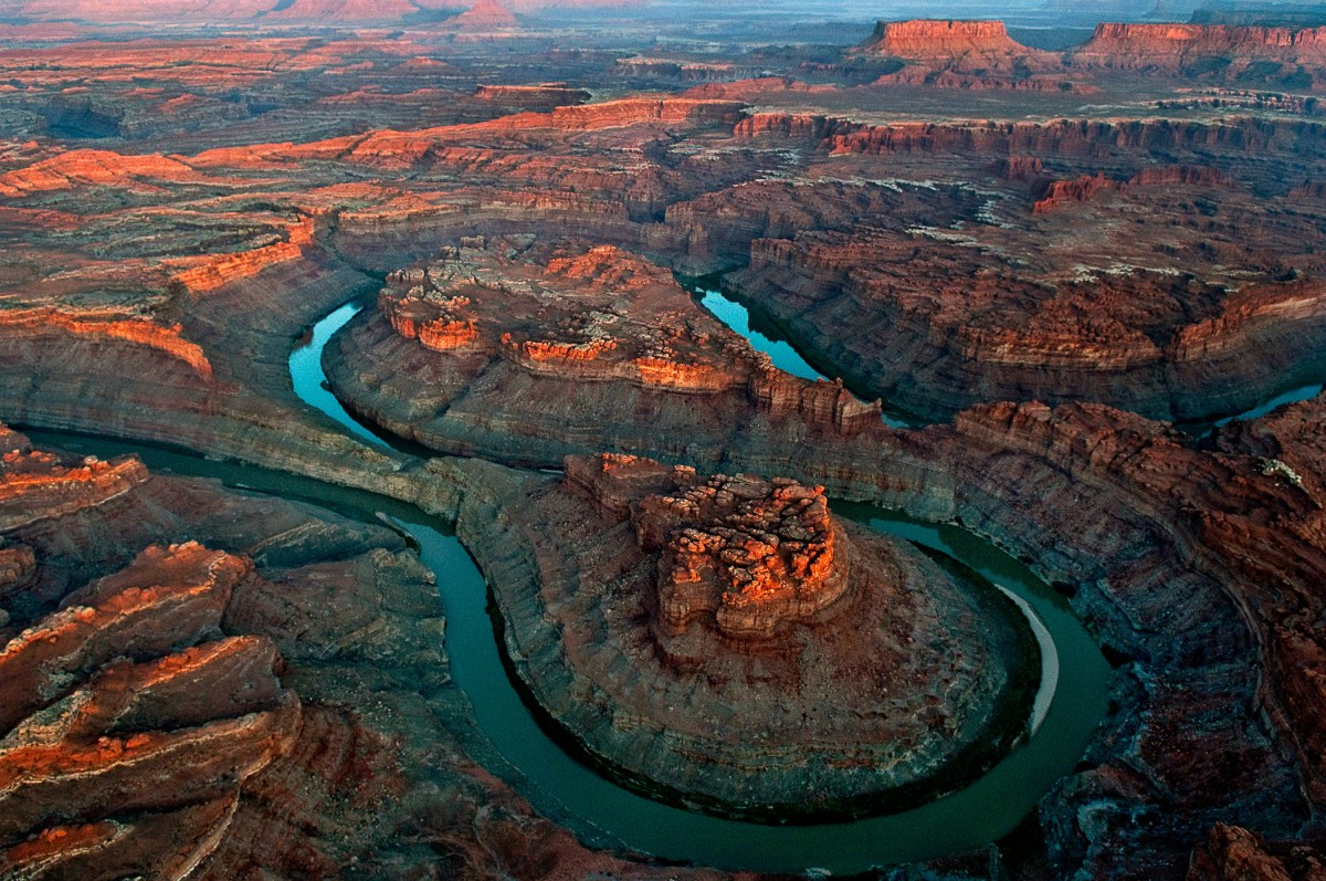 the-loop-green-river-canyonlands-national-park