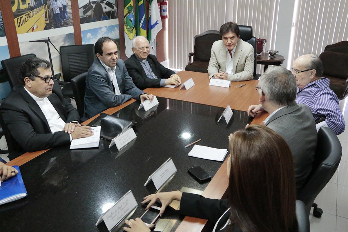 Prefeito Paulinho se reúne com o governador Robinson para discutir ações no Belarmina Monte