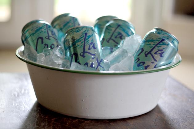 antique-enamel-bowl-ice-waters